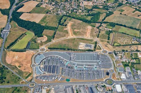 7 poitiers poitiers sud s tend encore for Poitiers auchan sud